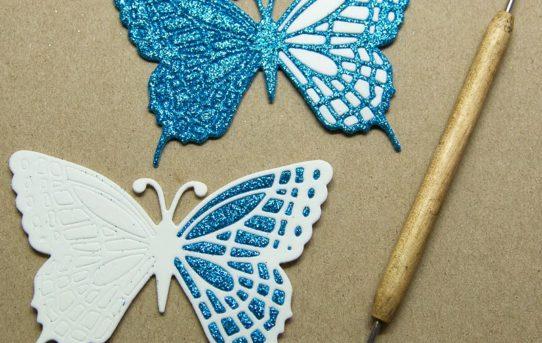 Mozaika z pěnovky – motýlci na mnoho způsobů