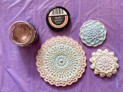 použitím voskové patiny zvýrazníte hrany odlitků